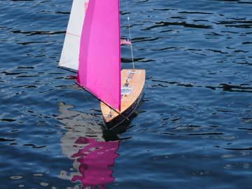 rc model sailboat 12