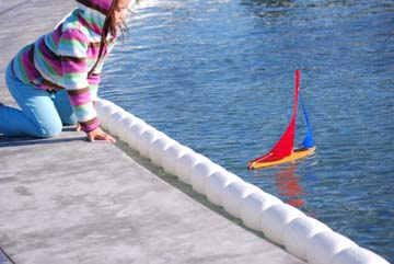 toy model sailboat 15