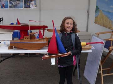 toy model sailboat 21