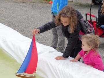 toy model sailboat 4