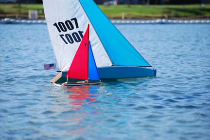 toy model sailboat 9
